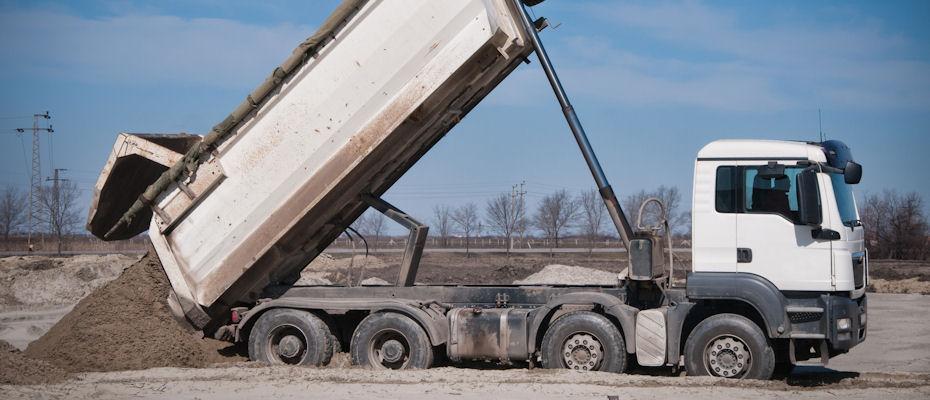 wywrotka - dostawy, piasek, żwir, ziemia, wywóz odpadów stałych